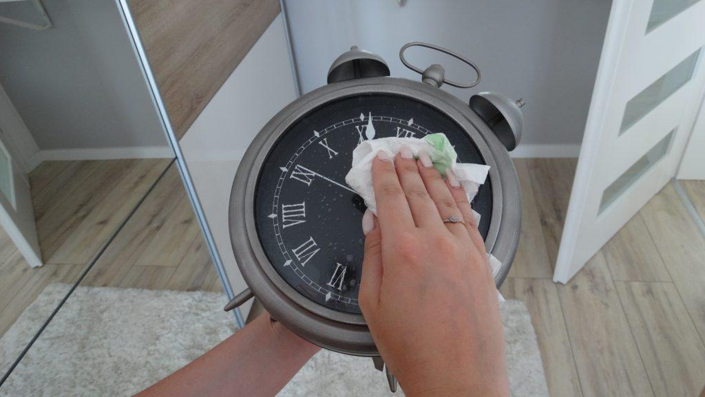 czyszczenie zegara